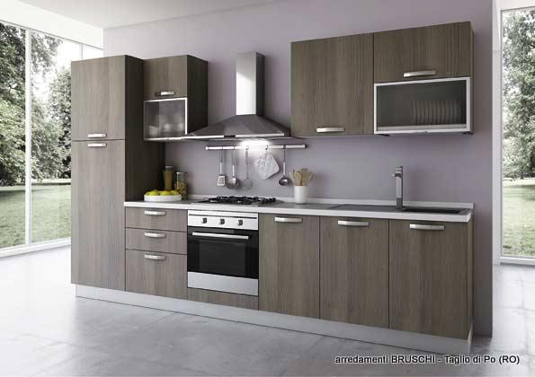 Cucina moderna cornelia arredamenti bruschi for Bruschi arredamenti