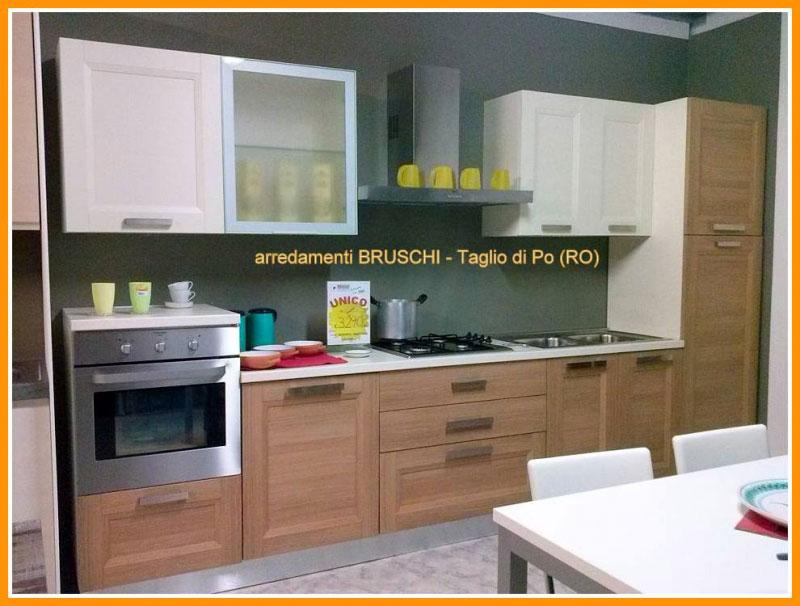 Outlet Cucina \'Natura\' con lavastoviglie - Arredamenti Bruschi