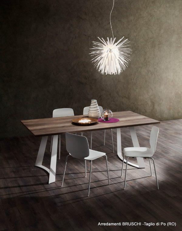 tavolo moderno bruno 1